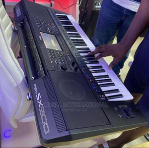 Yamaha PSR SX900 Keyboard | Musical Instruments & Gear for sale in Lagos State, Ojo