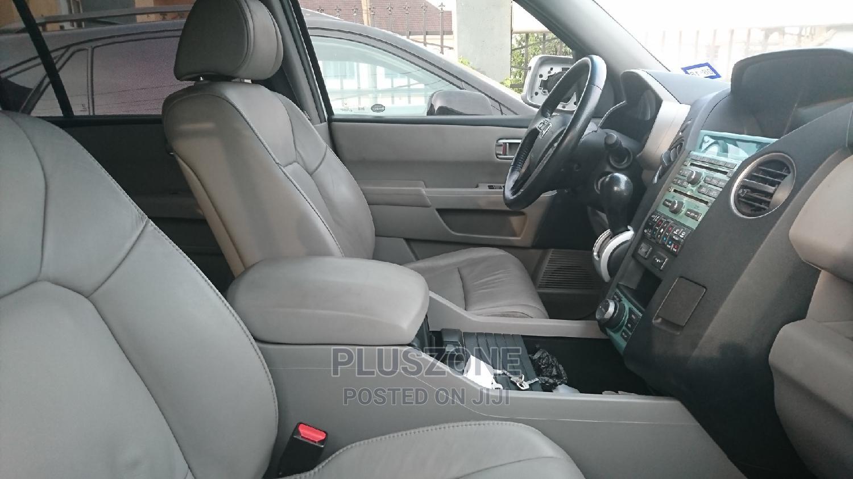 Archive: Honda Pilot 2011 Silver