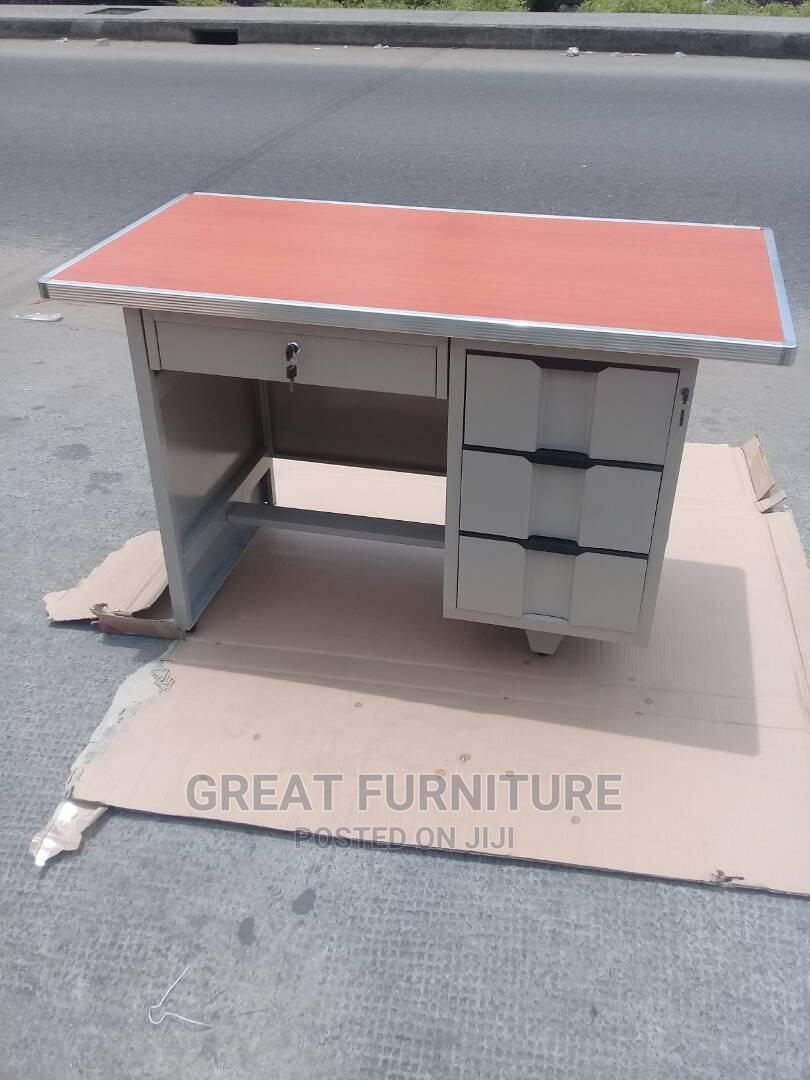 4feet Metal Table
