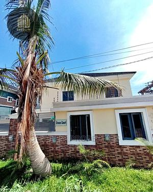 Outstanding 3 Bedroom Apartment at Chevron Lekki   Houses & Apartments For Sale for sale in Lekki, Chevron