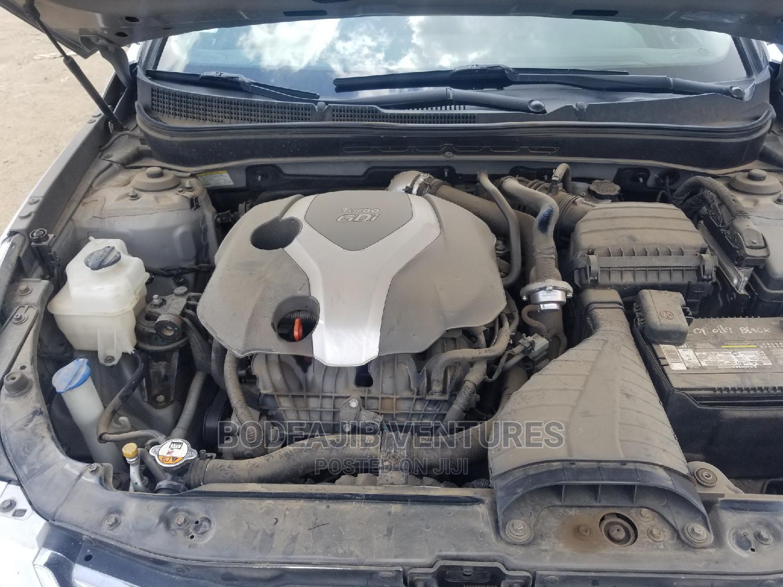 Archive: Hyundai Sonata 2013 Silver