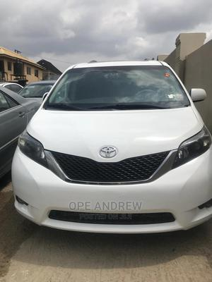 Toyota Sienna 2013 White   Cars for sale in Oyo State, Ibadan