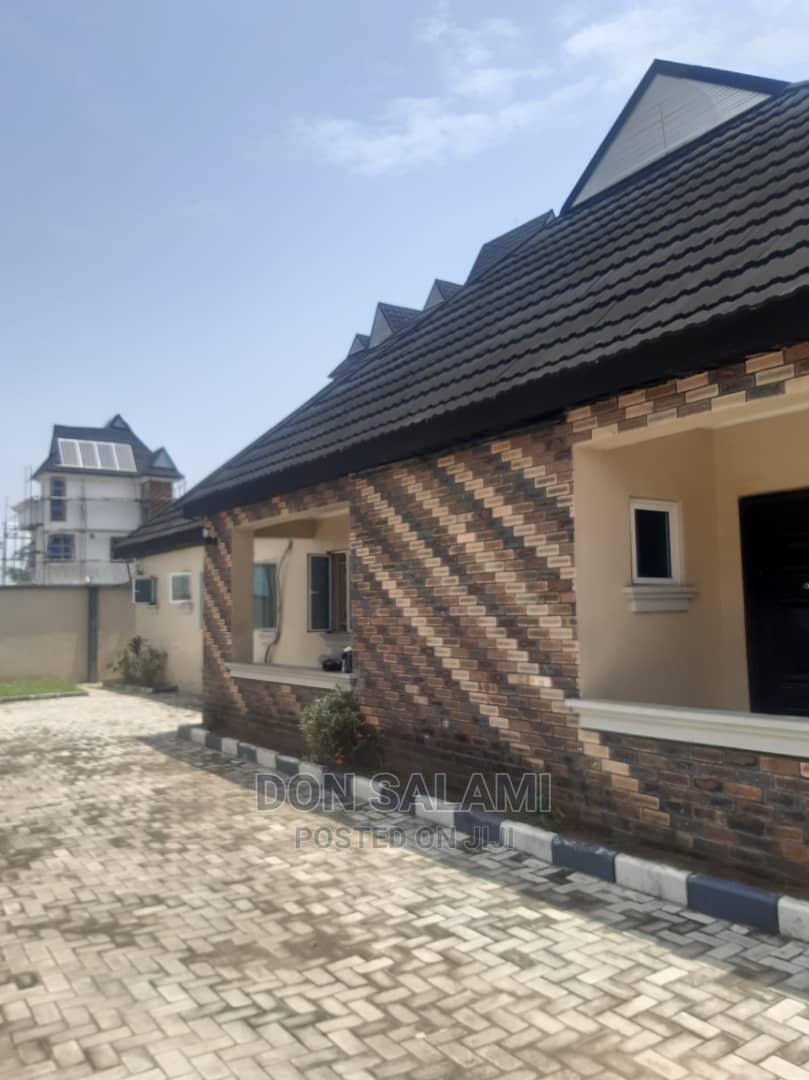 Archive: 3 Bedroom Bungalow in Ozuoba