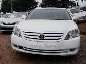 Toyota Avalon 2006 Limited White | Cars for sale in Lagos State, Ikotun/Igando