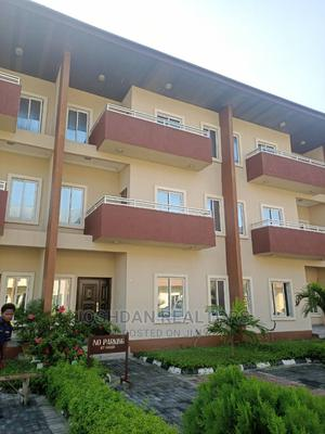 Luxurious 4 Bedroom Terraced Duplex With BQ JRSL099 | Houses & Apartments For Sale for sale in Lekki, Ilasan