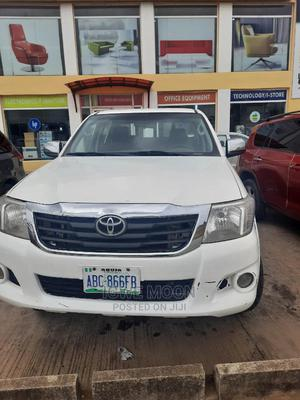 Toyota Hilux 2012 2.7 VVT-i 4X4 SRX White | Cars for sale in Abuja (FCT) State, Central Business District