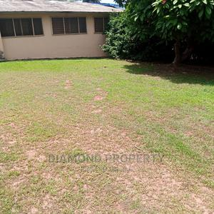 Building 2 Be Demolished Within Bodija Estates. | Land & Plots For Sale for sale in Oyo State, Ibadan
