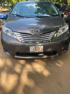 Toyota Sienna 2013 LE AWD 7-Passenger Gray | Cars for sale in Lagos State, Ojo