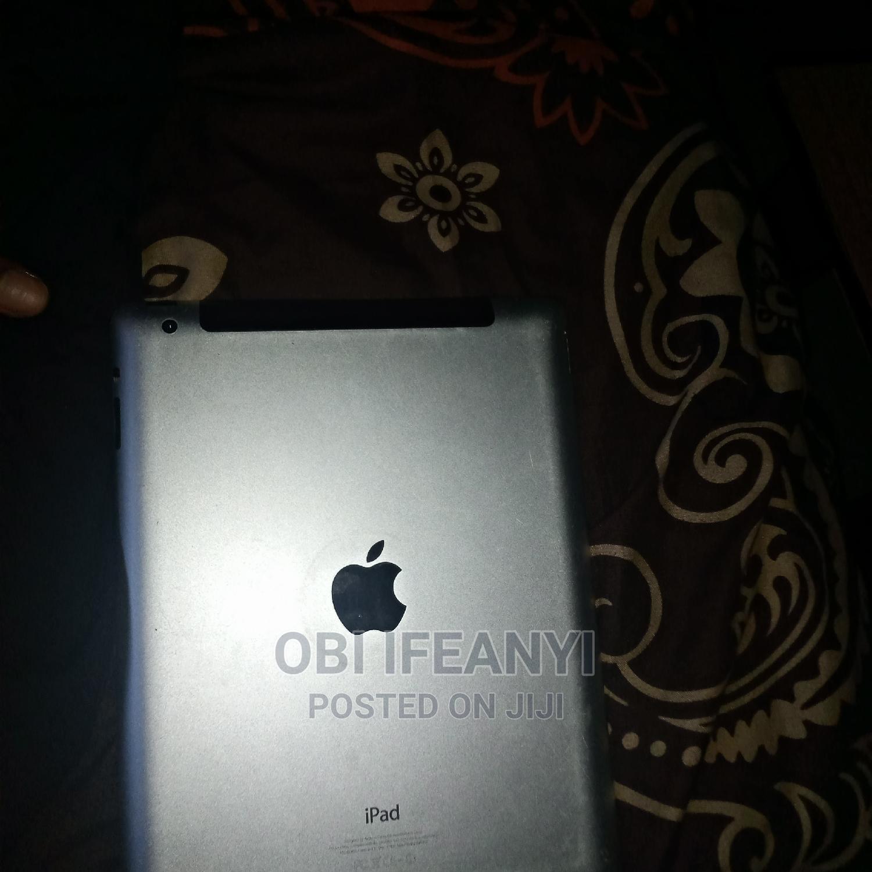 Archive: Apple iPad 4 Wi-Fi + Cellular 16 GB Gray