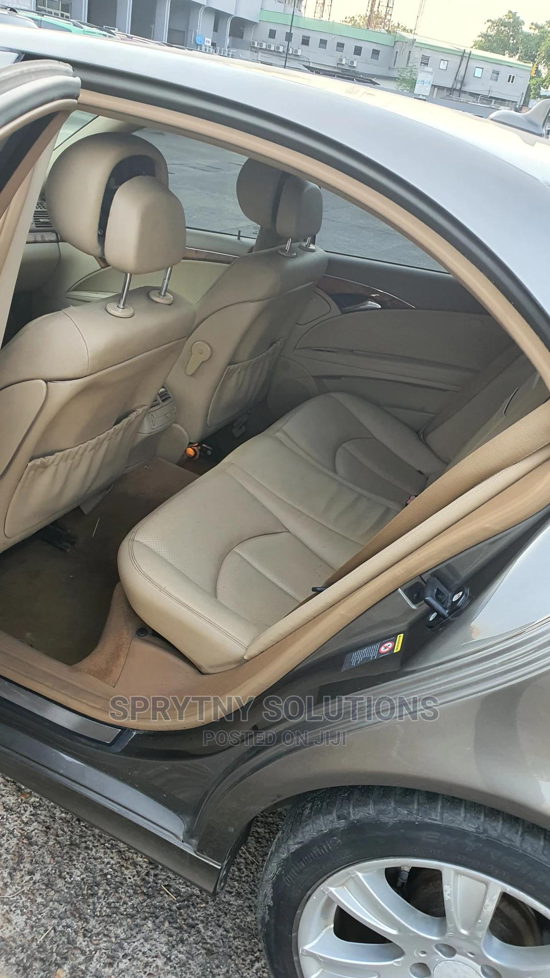 Mercedes-Benz E350 2009 Gold | Cars for sale in Surulere, Lagos State, Nigeria