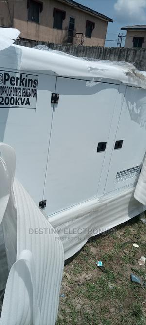 Soundproof Gen Perkins 200kva Made in England 2 Yrs Warr   Electrical Equipment for sale in Lagos State, Ojo