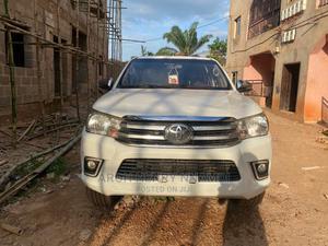 Toyota Hilux 2013 SR5 4x4 White | Cars for sale in Enugu State, Enugu