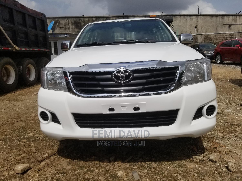 Toyota Hilux 2012 2.7 VVT-i 4X4 SRX White