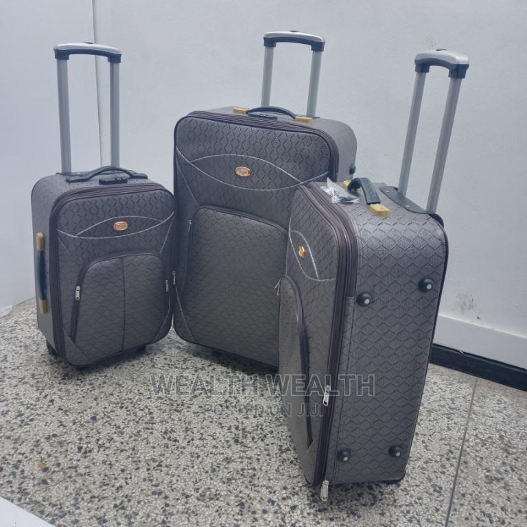 Executive (3 Set) Quality Leather Luggage Bag Available