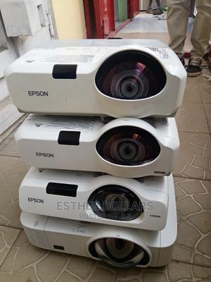 Amazing Short-throw Projectors In Nigeria | TV & DVD Equipment for sale in Lagos State, Gbagada