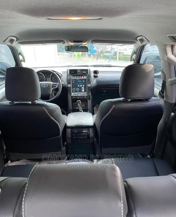 Archive: Toyota Land Cruiser Prado 2013 VX White