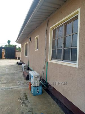2bedroom Flat at Iyanaagbala Itura Axis With All Facilities, | Houses & Apartments For Rent for sale in Ibadan, Alakia