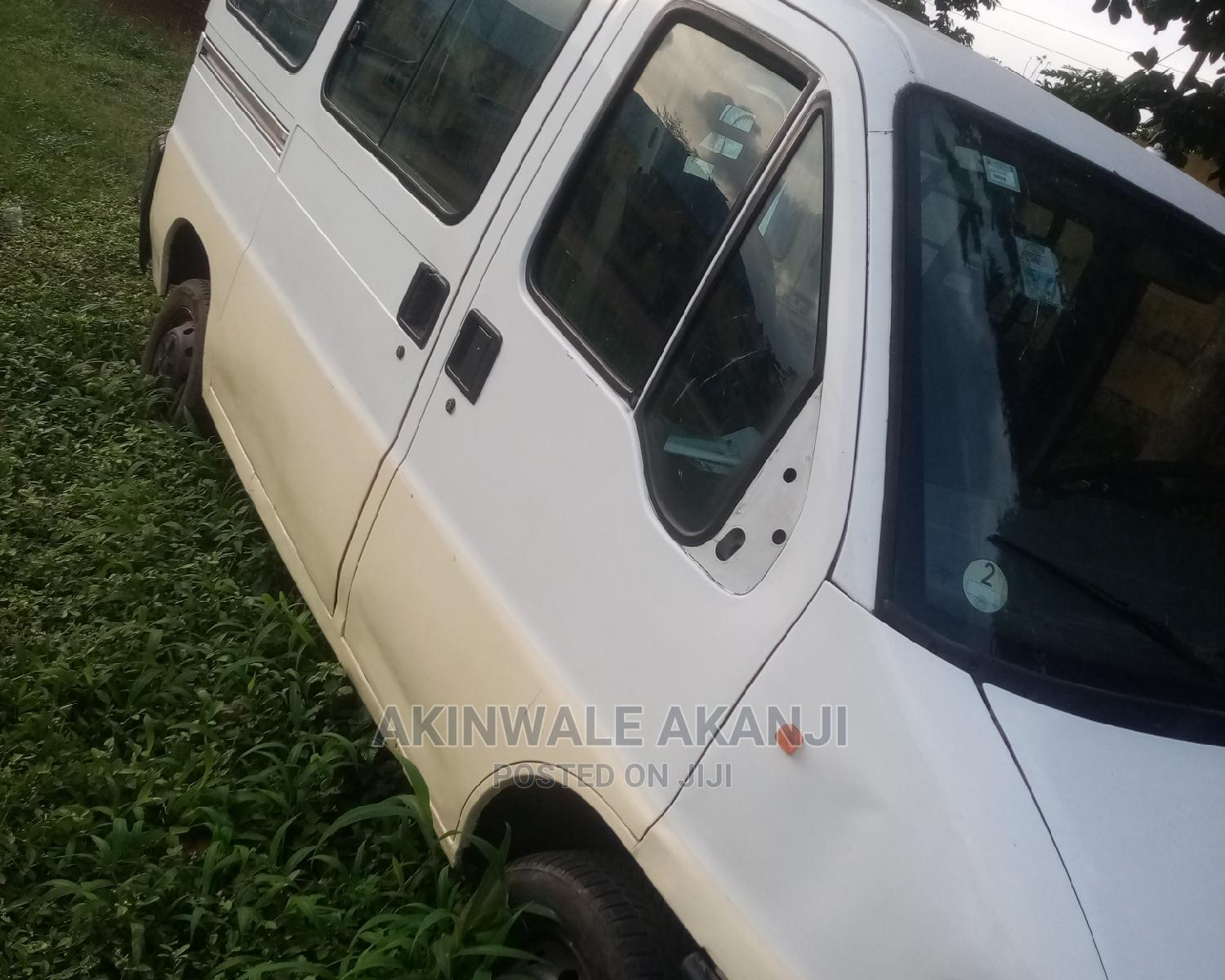 Peugeot Boxer 2000 White | Buses & Microbuses for sale in Ojodu, Lagos State, Nigeria