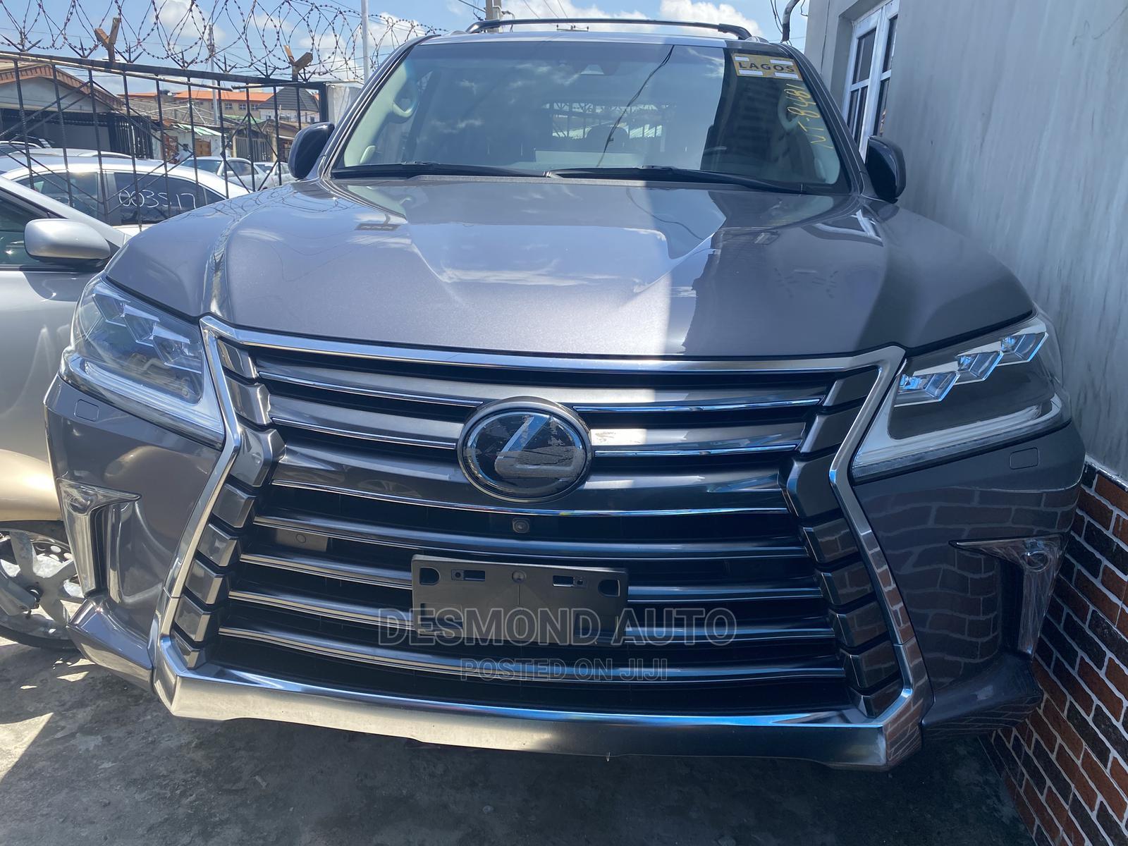 Lexus LX 2018 Gray