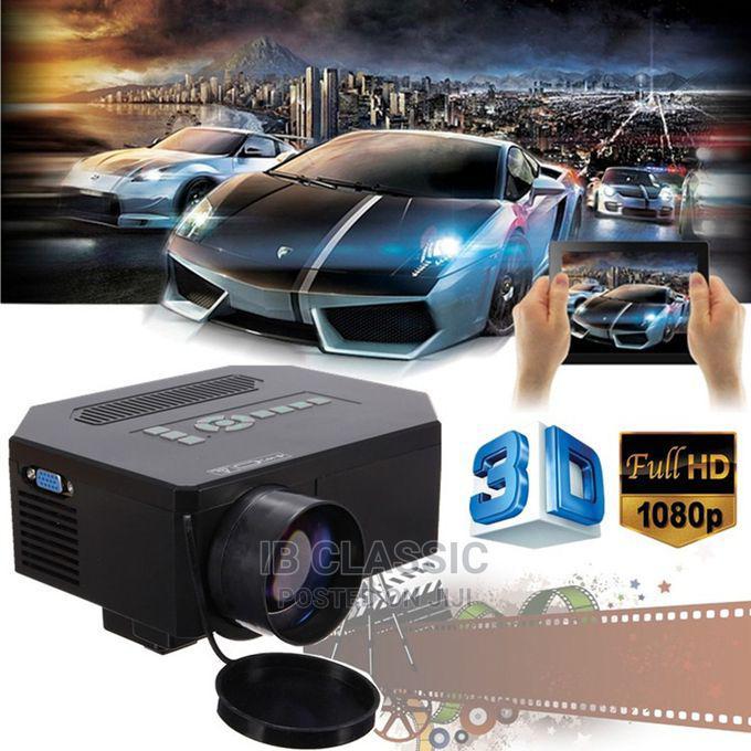 HD Projector 3D LED Home Theater 8000 Lumens HDMI VGA TV AV