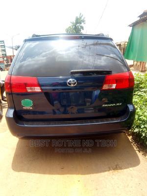 Toyota Sienna 2005 XLE Blue | Cars for sale in Enugu State, Enugu