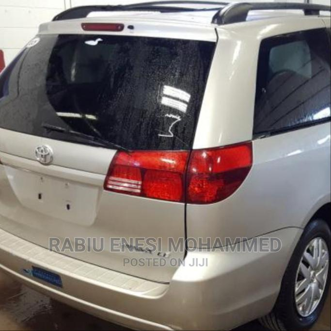 Toyota Sienna 2005 LE AWD Silver | Cars for sale in Kubwa, Abuja (FCT) State, Nigeria