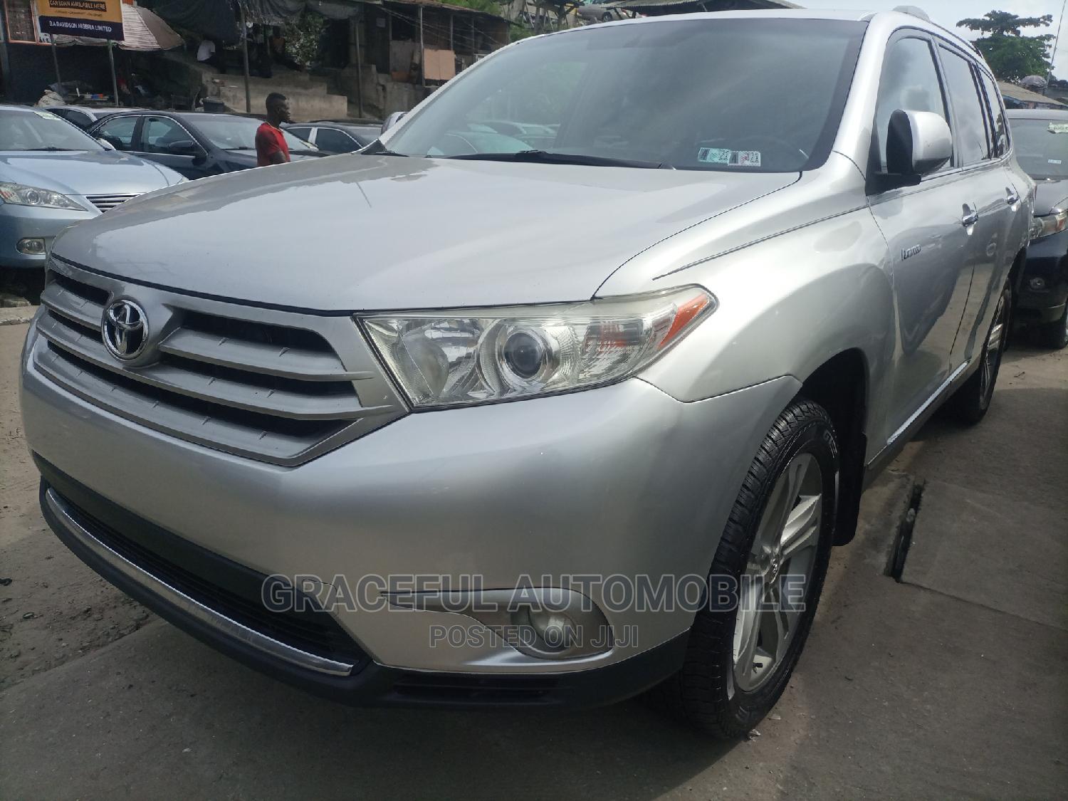 Toyota Highlander 2012 Limited Silver
