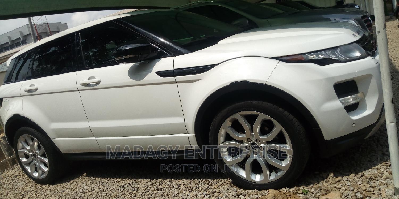 Archive: Land Rover Range Rover Evoque 2012 White