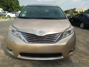Toyota Sienna 2013 XLE FWD 8-Passenger Gold | Cars for sale in Abuja (FCT) State, Central Business District