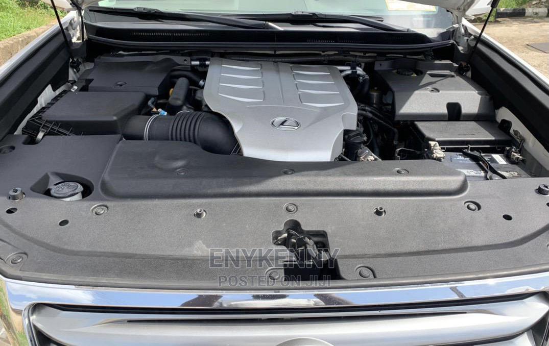 Archive: Lexus GX 2011 White