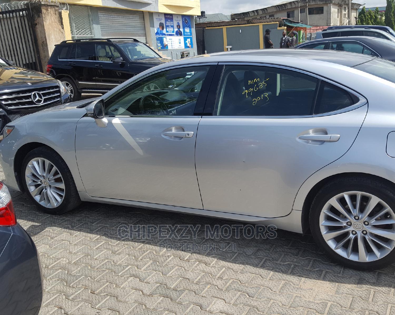 Lexus ES 2013 350 FWD Silver | Cars for sale in Amuwo-Odofin, Lagos State, Nigeria