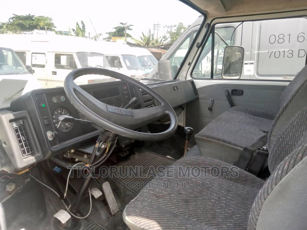Volkswagen LT 28 2002 Blue   Buses & Microbuses for sale in Apapa, Lagos State, Nigeria