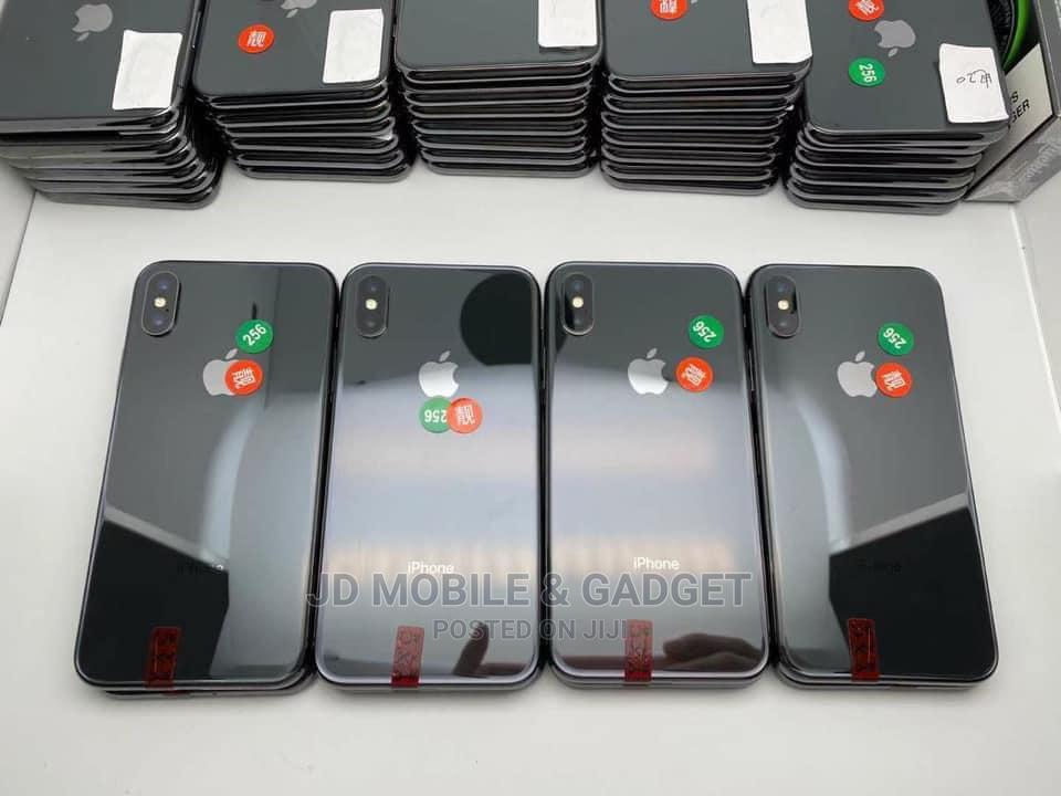 Apple iPhone XS Max 64 GB Black   Mobile Phones for sale in Amuwo-Odofin, Lagos State, Nigeria