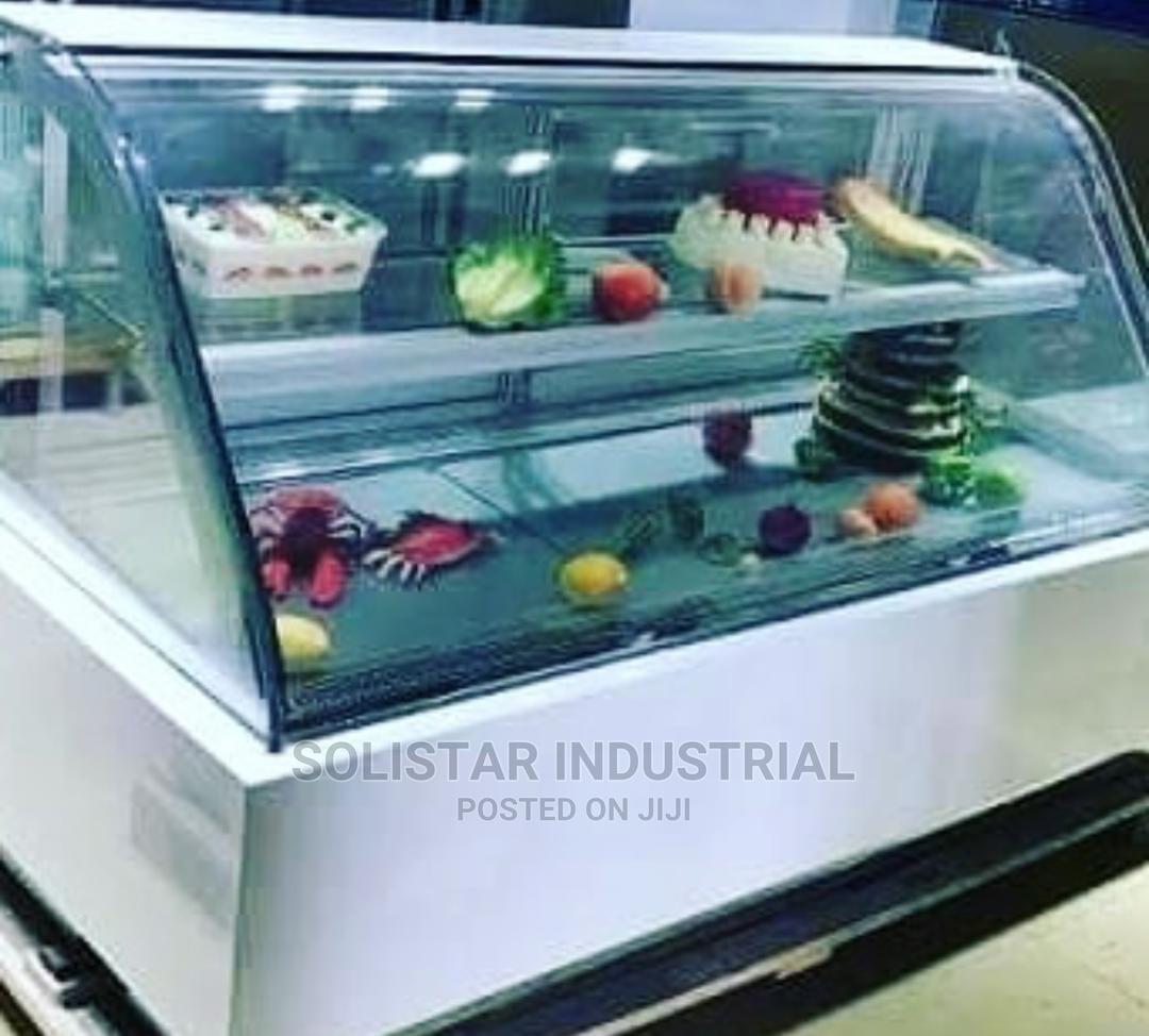 New Cake Display Showcase