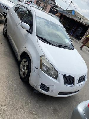 Pontiac Vibe 2009 1.8L White   Cars for sale in Lagos State, Surulere