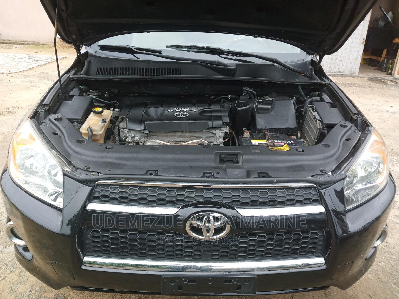 Archive: Toyota RAV4 2010 Black