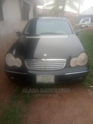 Mercedes-Benz C240 2002 Black | Cars for sale in Oyo State, Iseyin