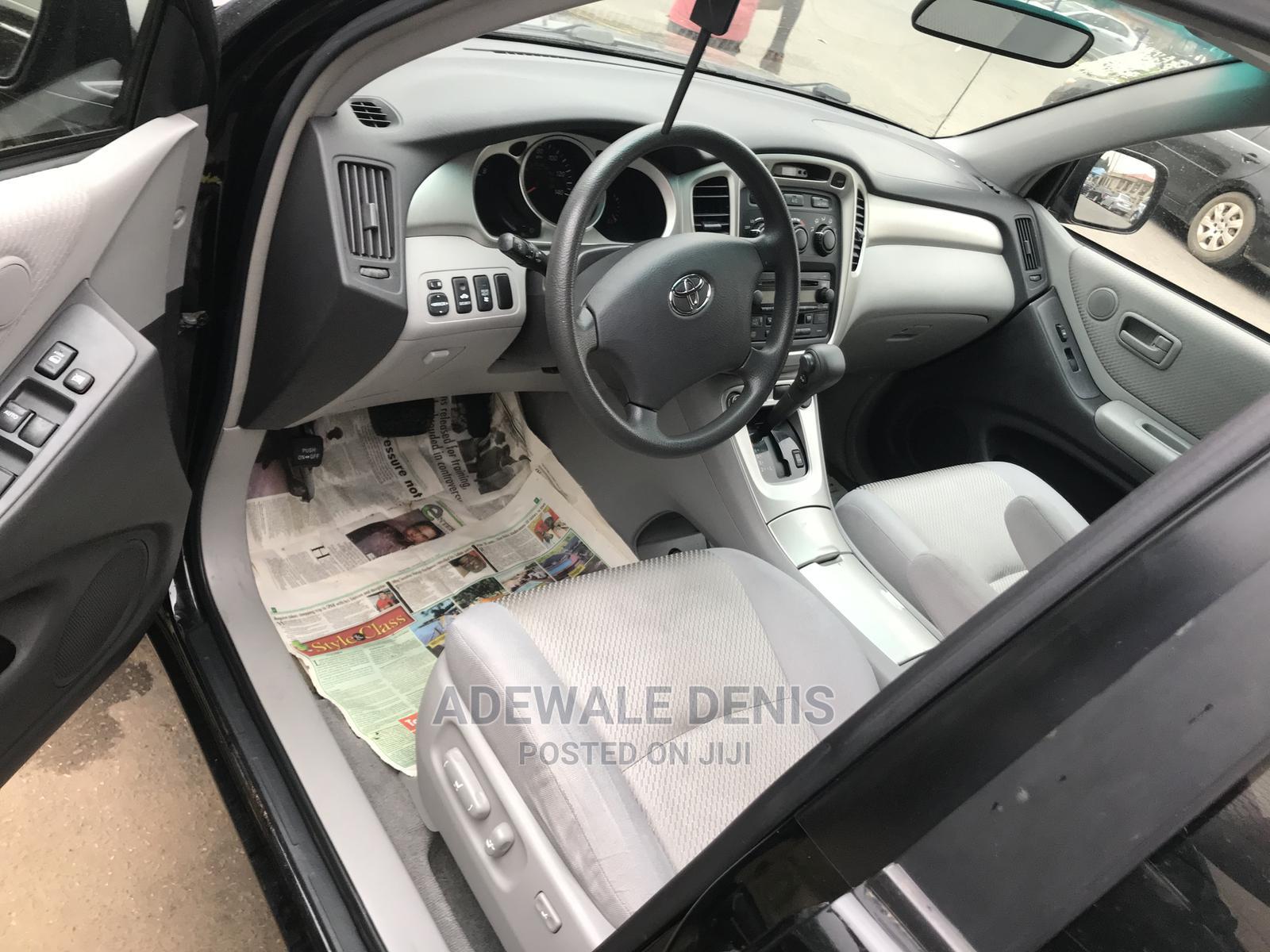 Archive: Toyota Highlander 2006 V6 Black