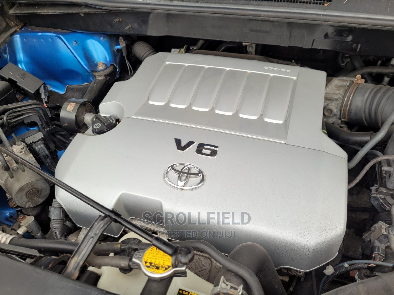 Archive: Toyota Highlander 2009 Blue