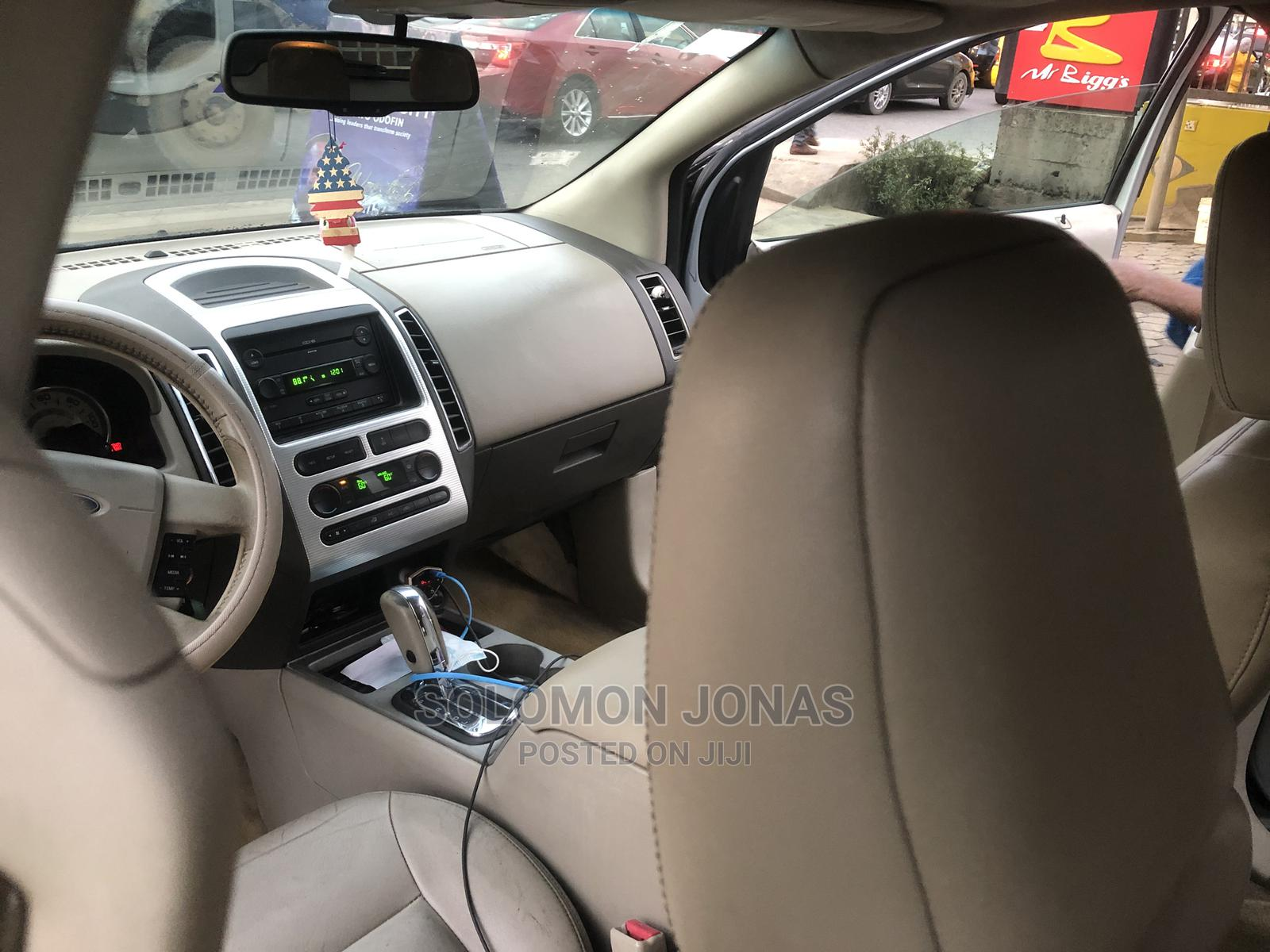 Archive: Ford Edge 2007 SE 4dr FWD (3.5L 6cyl 6A) Gray
