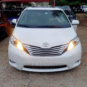Toyota Sienna 2012 Limited 7 Passenger White   Cars for sale in Abuja (FCT) State, Central Business District