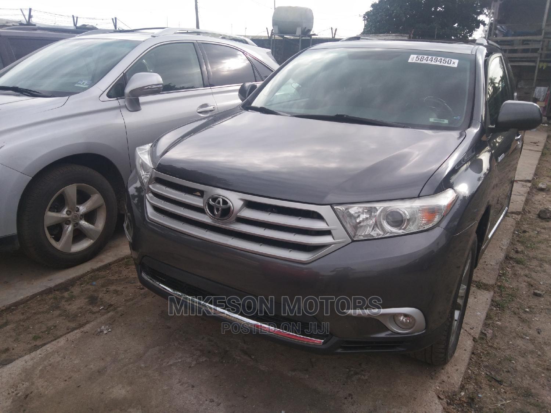 Toyota Highlander 2011 Limited Gray