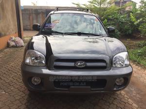 Hyundai Santa Fe 2005 GLS 3.5 L Black | Cars for sale in Lagos State, Ejigbo