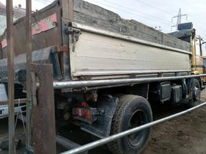 Scania Tipper Six Tyres Tokunbo   Trucks & Trailers for sale in Lagos State, Amuwo-Odofin