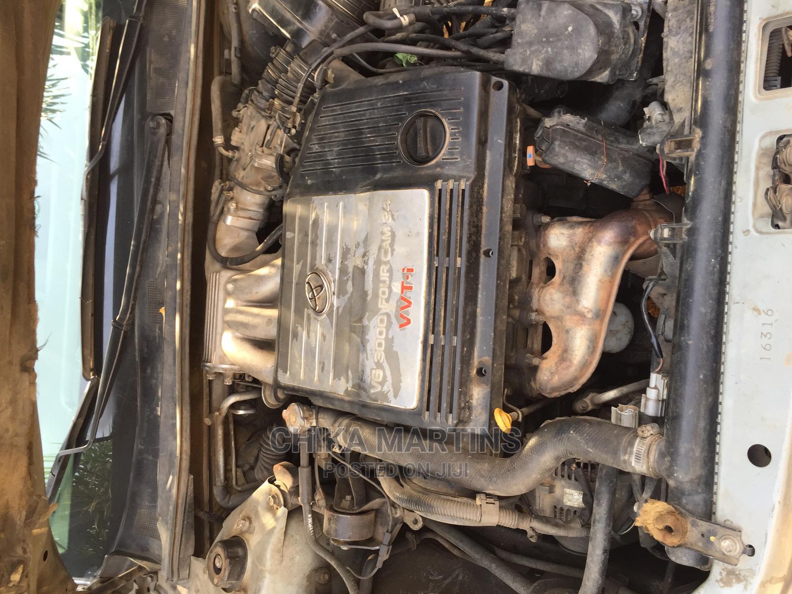 Archive: Toyota Avalon 2005 XL Silver