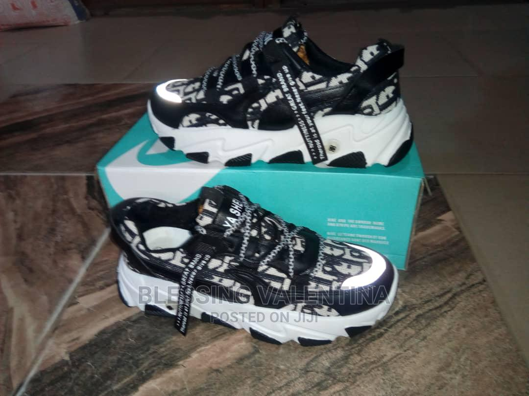 Men Sneakers Shoe | Shoes for sale in Oshodi, Lagos State, Nigeria