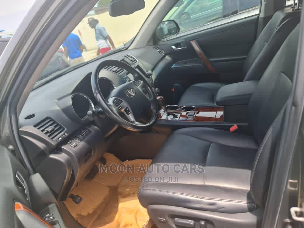 Toyota Highlander 2012 Green   Cars for sale in Amuwo-Odofin, Lagos State, Nigeria
