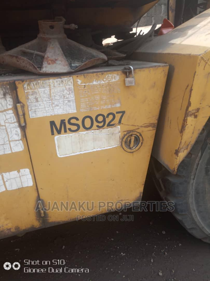 40 Tones Grove Crane for Sale This Machine Is Good Condition | Heavy Equipment for sale in Ibeju, Lagos State, Nigeria