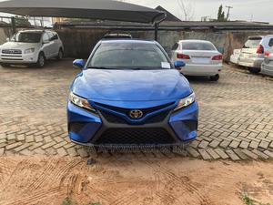 Toyota Camry 2018 SE FWD (2.5L 4cyl 8AM) Blue | Cars for sale in Edo State, Benin City