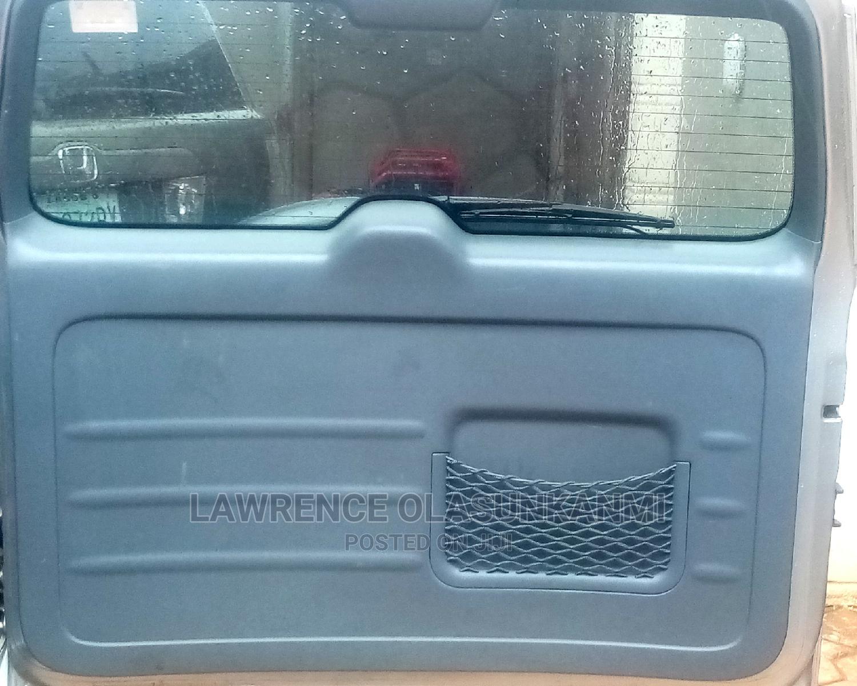Archive: Toyota RAV4 2005 2.0 4x4 Executive Silver
